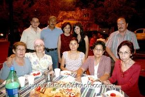 21062009 Juan, Juan Manuel, Carolina y Silvia Martínez, Jorge Rosales, Graciela y Silvia Carrete, Cynthia de Arredondo, Lucía Hernández y Esperanza Morales.