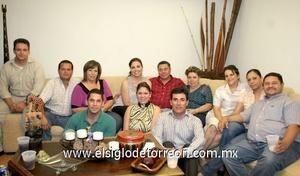 21062009 Luis Porras el día de su cumpleaños junto a su esposa Victoria Armendáriz, Nancy, Rolando, Marcelo, Vicky, Ale, Irma, Raúl, Ricardo, Óscar y Martha.