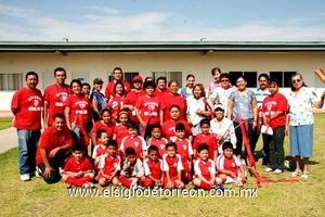 27062009 Pequeños triunfadores. Alumnos de conocida institución educativa, ganadores de este torneo.