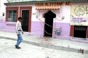 Las autoridades de Chihuahua investigan el asesinato de 18 jóvenes acribillados en un centro de rehabilitación en Ciudad Juárez.