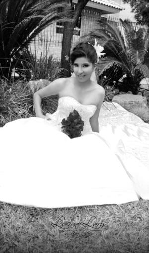 Srita. Brenda Ileana Rocha Sifuentes, el día de su boda con el Sr. Luis Miguel de la Cruz Lozano.- Luciano Laris Fotografía