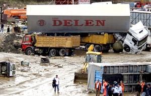 El servicio meteorológico advirtió de que las fuertes lluvias pueden continuar, lo que causará más problemas con las inundaciones, que afectarán a un total de quince provincia turcas.