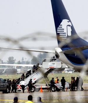Los secuestradores nunca entraron a la cabina del avión.
