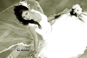 Lic. Érika Montserrat López Martínez, el día de su boda con el Ing. Juan Manuel Barrientos Pérez. <p> <i>Aldaba & Diane Photo Art</i>