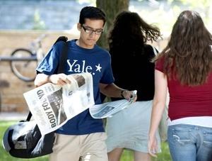 La policía piensa que el cadáver hallado en el laboratorio restringido de la Yale es el de una estudiante que desapareció cuando estaba a punto de casarse.