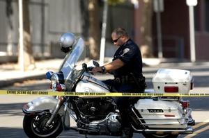 Más de 100 policías locales, estatales y federales habían estado registrando el edificio durante días.