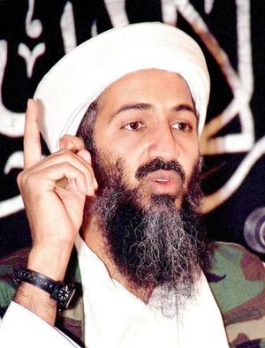 Osama Bin Laden es el otro fugitivo que aparece en la lista de los más influyentes. El líder de Al Qaeda y autor intelectual de la atentado del 11 de Septiembre aparece en el sitio 37.