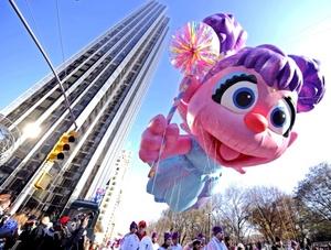 Una treintena de globos de grandes dimensiones con la forma de los personajes favoritos de los más pequeños recorrerieron las principales calles de Nueva York.