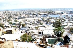 Como consecuencia de la nevada que se registró en Chihuahua durante más de 24 horas, dos hombres murieron congelados (de hipotermia).