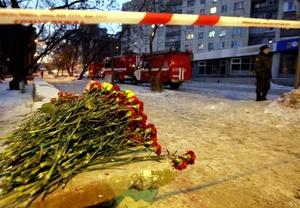 En Rusia, se registran aproximadamente 18 mil muertes por incendios anuales, una cifra que supera por mucho el promedio per cápita de Estados Unidos y otros países occidentales.
