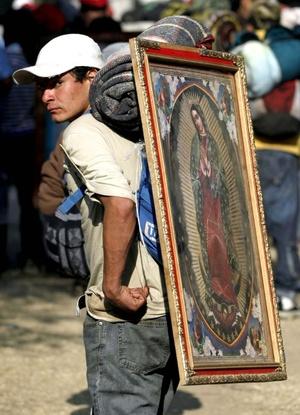 Desde la época prehispánica, el Tepeyac había sido un centro de devoción religiosa para los habitantes del valle de México.