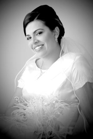 Srita. Diana Susana Echávarri Guerrero el día de su boda con el Sr. Jaime Gerardo González Adame. <p> <i>Rofo Fotografía</i>