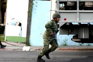 La última vez que las autoridades mexicanas abatieron a un importante jefe de la droga fue en el 2002, cuando un agente de policía mató a Ramón Arellano Félix, del cártel de Tijuana, en el balneario de Mazatlán.