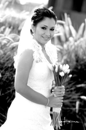Muy linda lució la Srita. Miriam Judith Vázquez Hurtado el día de su enlace matrimonial con el Sr. Víctor Manuel Rivera Ruiz.  Maqueda Fotografía