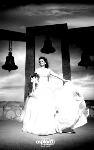 Srita. Susana Pavón el día de su boda con el Sr. Luis Noriega.  Mario Aspland Fotografía