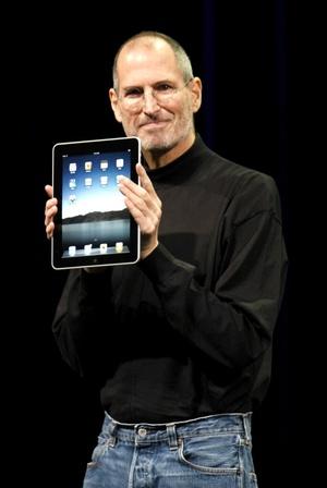 Apple presentó hoy, su nuevo ordenador de tableta, el 'iPad'.