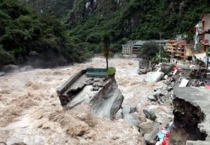 50 argentinos fueron rescatados de Aguas Calientes.