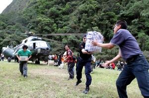 La evacuación de los turistas varados en Machu Picchu por las inundaciones se aceleró gracias al mejor clima en la zona.