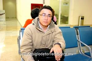 09022010 México. Gerardo Soriano llegó a Torreón.