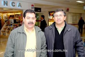 10022010 México. Royer García Nery fue recibido por Enrique Morales.