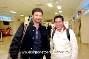 11022010 México. José Tornel y Horacio Valderrama llegaron a La Laguna para tratar asuntos de trabajo.
