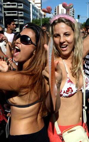 Las autoridades de Río de Janeiro reiteraron que están dispuestas a reprimir con toda la fuerza este año a quienes, ante el afán y para no perderse la fiesta, orinan en la calle.