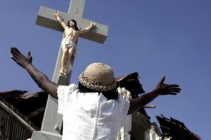 Haití celebró una jornada de luto nacional por las víctimas mortales del devastador terremoto que sacudió a esa nación justo hace un mes, con ceremonias religiosas a través de todo el país, principalmente en la capital Puerto Príncipe.