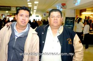 16022010 México. Carlos Velarde fue recibido por Rómulo Uribe.