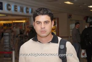 17022010 México. Miguel Mery regresó a casa.