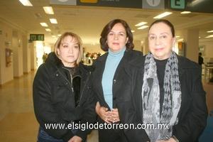 20022010 Toluca. María Guadalupe Villa, María del Carmen González y Tere Hinojosa.