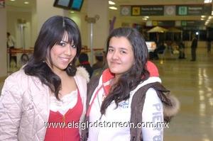 22022010 México. Lucero y Estrella Rodríguez realizaron un viaje de placer.