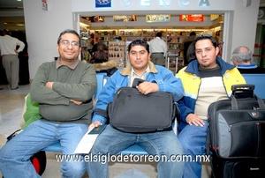 24022010 Houston. Ramón, David y Adrián viajaron por cuestión de trabajo.