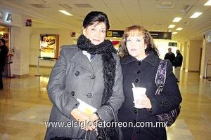 26022010 México. Tony Cedillo fue despedida por su hija Ana Lidia Madrigal.