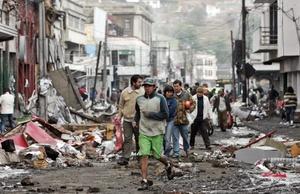 Residentes de la ciudad de Talcahuano, cercana a Concepción Chile.