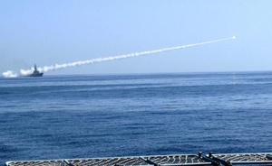 Prueba del lanzamiento de misiles en el Mar de Omán, donde se probará la fuerza e intensidad de los misiles, su precisión y su eficacia.