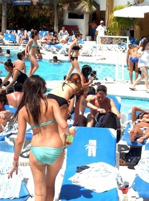 Han comenzado a aparecer en Puerto Vallarta y en menor cantidad en Los Cabos, por ser éste un destino turístico más caro.