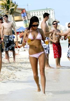 Los spring breakers comenzaron a llegar a las playas mexicanas y eligen sobre todo Cancún y Acapulco.