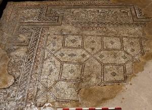 Arqueólogos israelíes han conseguido identificar el lujoso palacio que los primeros califas de la dinastía Omeya tuvieron a orillas del mar de Galilea, cuya existencia mencionan en sus textos historiadores árabes de la época.