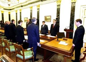 En una reunión televisada con el presidente Dmitry Medvedev, el jefe del Servicio de Seguridad Federal, Alexander Bortnikov, dijo que los fragmentos de los cuerpos de las dos atacantes indican la conexión con el Cáucaso.