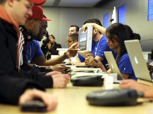 Una versión básica del iPad cuesta en Estados Unidos casi 500 dólares (unos 370 euros).