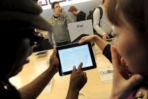 La mayoría de las personas interesadas reservaron el nuevo iPad antes de su salida.