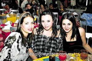 Anabel Allegre, Marcela Lavín y Karla Dabdoub.
