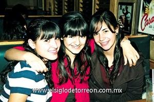 Susy Mourey, Ana Cris Salcedo y Nayibe Sabag.