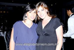 Rina y Anavilly.