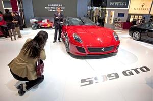 Un nombre para recordar: Ferrari 599 GTO. Tan sobresalientes son sus capacidades técnicas que merecen ser noticia. La propia marca define este coche como el más rápido que han homologado jamás para circular por la carretera.