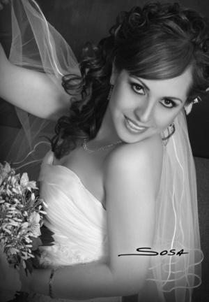 Srita. Gloria Luz Carrizales Vázquez, el día de su boda con el Sr. Francisco Javier Pámanes Ríos. <p> <i>Studio Sosa </i>