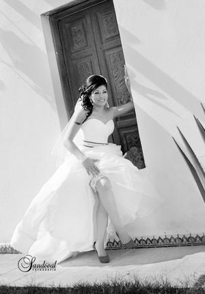 Srita. Ana María Lira Pérez, el día de su boda con el Sr. José Rodolfo Murillo Lozano. <p> <i> Sandoval Fotografía</i>