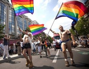 Algunos miembros maduros asistieron la 32 Marcha del Orgullo LGBTTTTI.