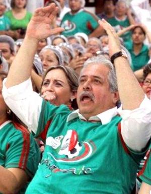 El candidato al Gobierno de Tamaulipas, Rodolfo Torre, fue ejecutado en una carretera de Ciudad Victoria; el diputado Enrique Blackmore también murió.