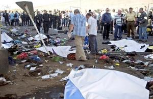 El presidente aleman, Christian Wulff, instó al completo esclarecimiento de lo ocurrido.